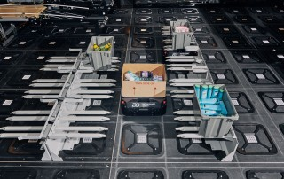 Berkshire Grey's FlexBots remove boxes from shelves. Photographer: Tony Luong for Bloomberg Businessweek