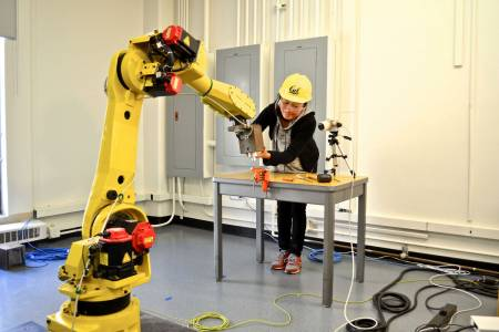 Changliu Liu Working with Robot